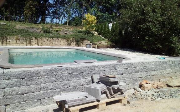 Vydláždění bazénu Šternberk Aleš